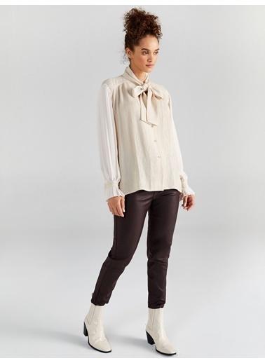 Faik Sönmez  Pilise Kollu Bağlamalı Yaka Gömlek 61330 Taş